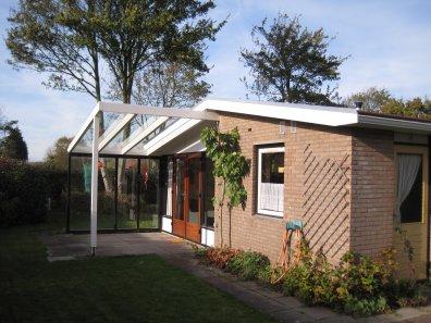 Aangebouwde veranda/overkapping